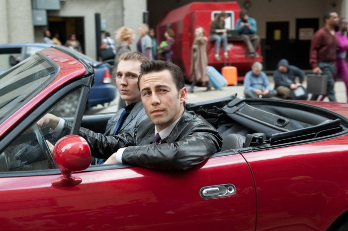 looper-movie-joseph-gordon-levitt-paul-dano.jpg