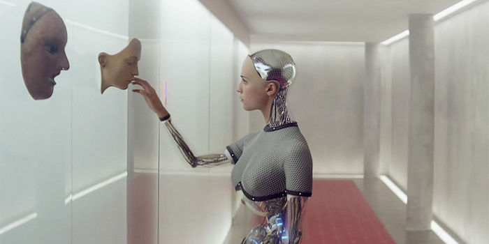 stills-ex-machina-2015-2.jpg