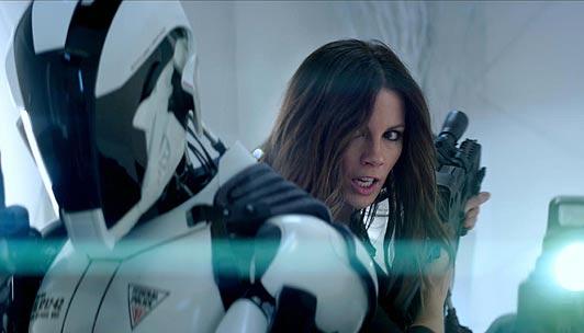 Total-Recall-Behind-the-Scenes-Featurette-Kate-Beckinsale-Jessica-Biel-Colin-Farrell.jpg