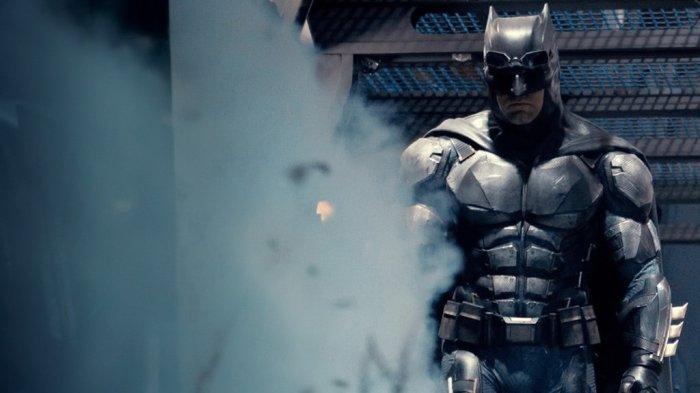 the_batman_justice_league_solo_wallpaper_by_batmanmoumen-dauu618