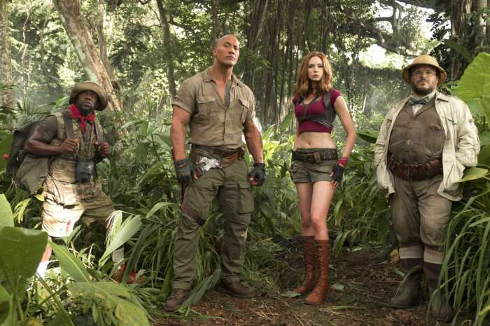 Karen-Gillan_-Jumanji_-Welcome-to-the-Jungle-Stills-2017-02.jpg